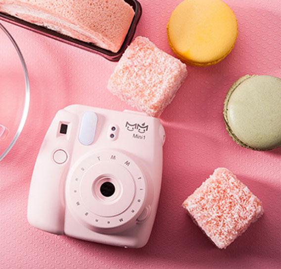 这不是拍立得 创意可爱相机移动充电宝 创意礼物 第1张