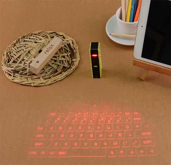 镭射无线投影虚拟键盘 会唱歌的投影键盘鼠标 创意礼物 第2张