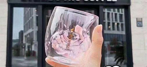 星巴克猫爪杯到底有多火 女神节送给猪猪女孩的甜蜜礼物