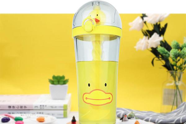 抖音同款小黄鸭搅拌杯 和闺蜜一人一个